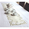 Embroidered Daisy Table Runner_TC42_3